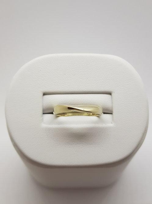 9ct white gold ribbon twist wedding ring