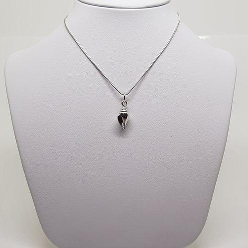 Silver sea shell pendant