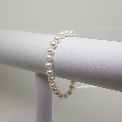 White Cultured Pearl Bracelet AA 7mm