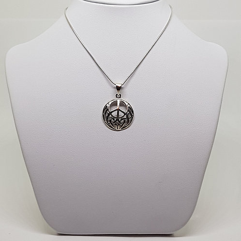 Silver peace symbol necklace Gerald Holtom denuclearization