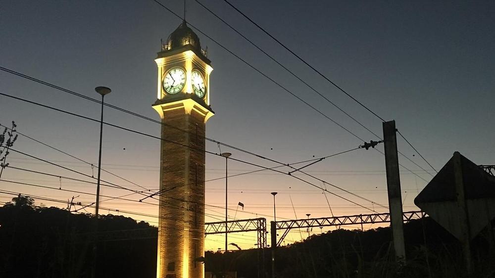 torre do relógio em Paranapiacaba