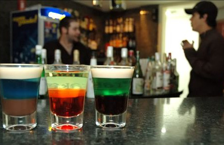 Queensland lockout laws pass: sale of alcohol after 3am to be banned