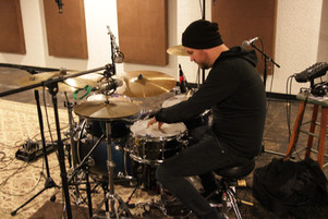Fogal tuning a snare.