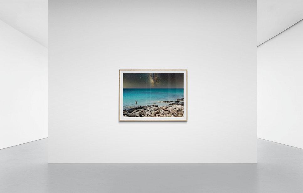 Large_wall_in_minimal_gallery (1).jpg