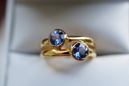 Double Tanzanite Gold ring