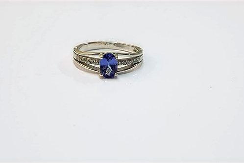 Tanzanite & Zircon Oval Cut 9k Gold ring
