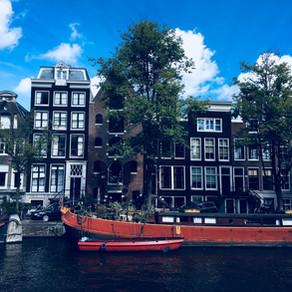 Amsterdam sehen und... schmecken