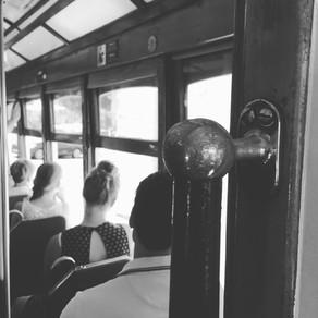 Über das Vakuum des Reisens