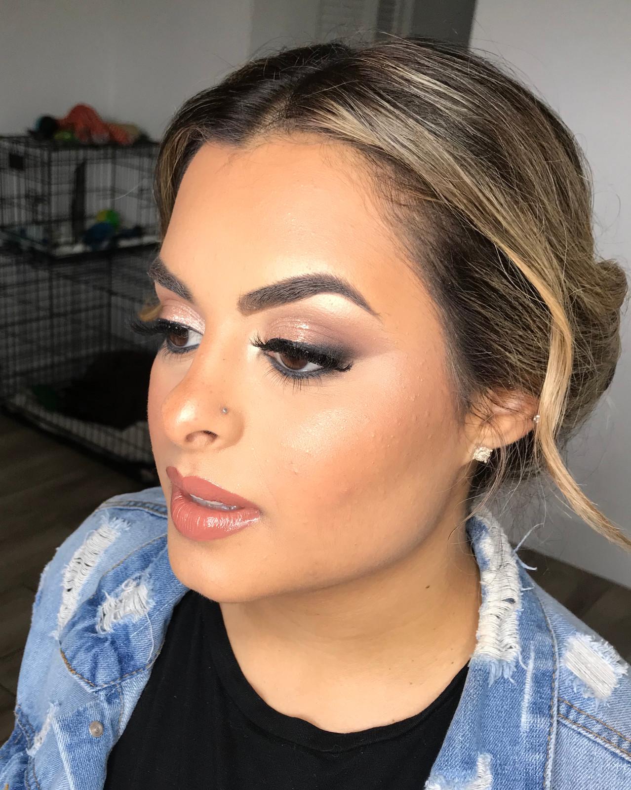 Fullscreen Page Miami Wedding Makeup Artist On Site
