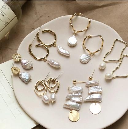 Gold Freshwater Pearl Hoop Earrings