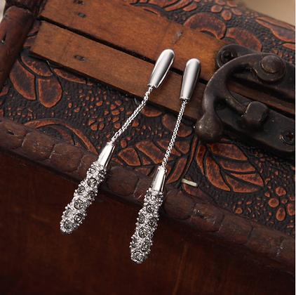 Long White Stone Rhinestones Dangle Tassel Earrings