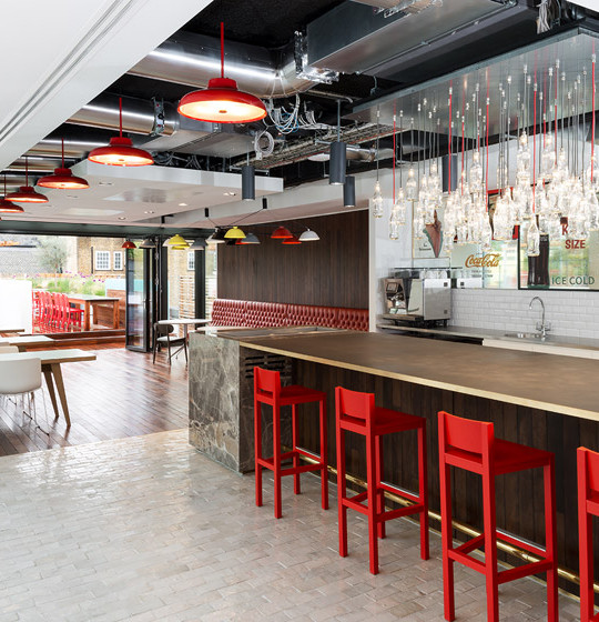 Coca-Cola-UK-Headquarters-by-MoreySmith_