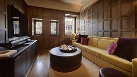 Hotel-Cafe-Royal---Tudor-Suite---TV-Room