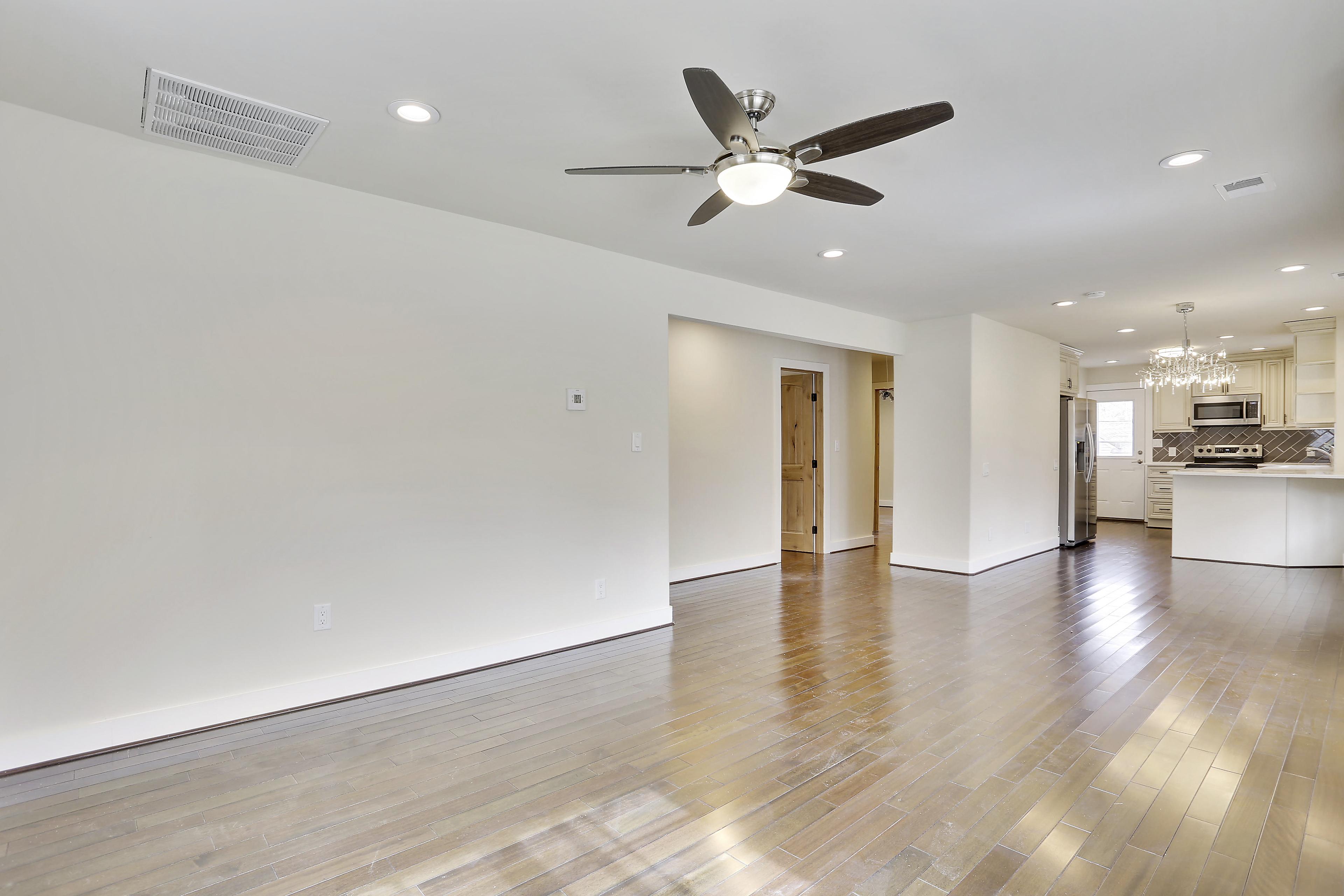 Floor Plan-Living Room-106