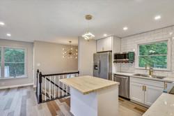 Main Level-Kitchen-_DSC3213