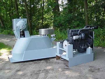 Boterman boegschroef set met 300pk motor.