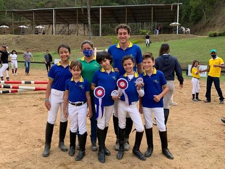 Atletas Centauro fizeram bonito na Prova de Encerramento da Liga Serra Azul de Hipismo 2020!