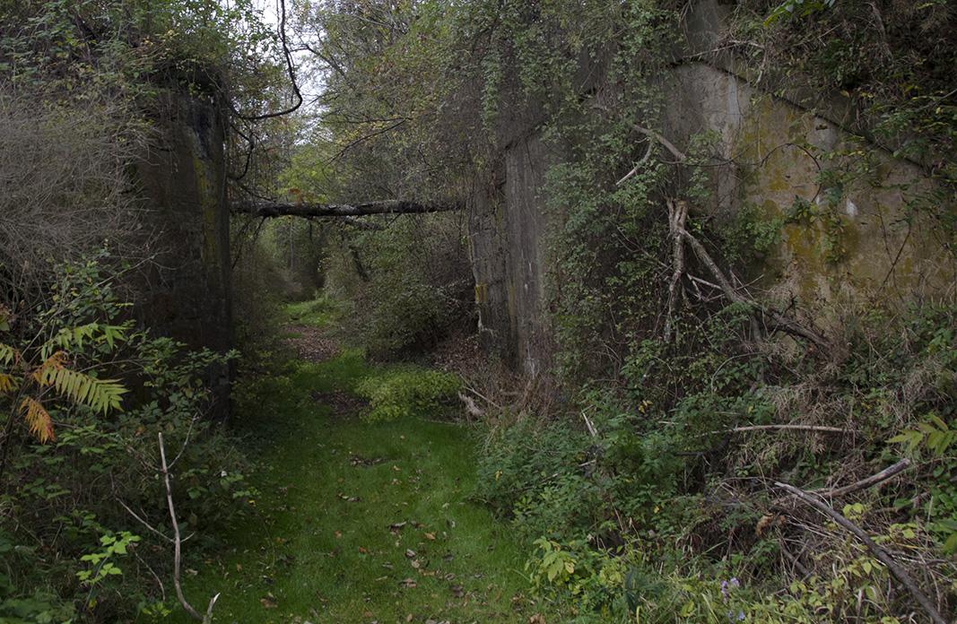 Lock Ruins 1