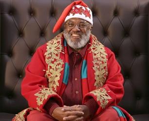Representatividade no Natal: Papai Noel negro faz sucesso em shopping paulista