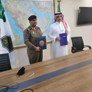 اتفاقية شراكة مجتمعية مع القوة الخاصة لإمن الطرق بمنطقة مكة المكرمة