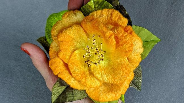 Brosche gelbe Rose