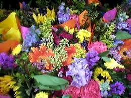 Bouquet of Seasonal Mix of Flowers -Large