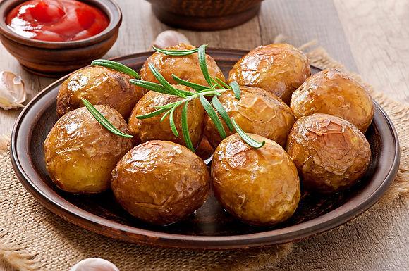 Pommes de terre au four, romarin