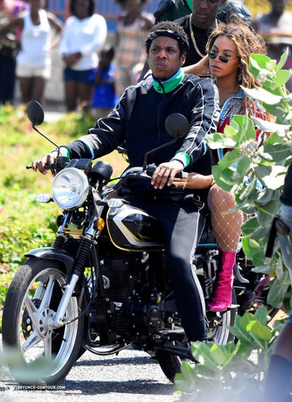 Jay Z And Bey In Jamaica:On A Tuesday