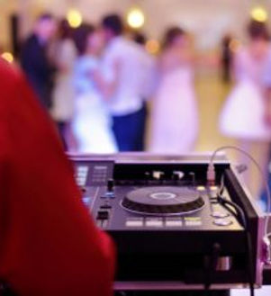DJ-set-up-at-wedding-party-354x235.jpg