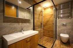 Bany amb tocs de fusta