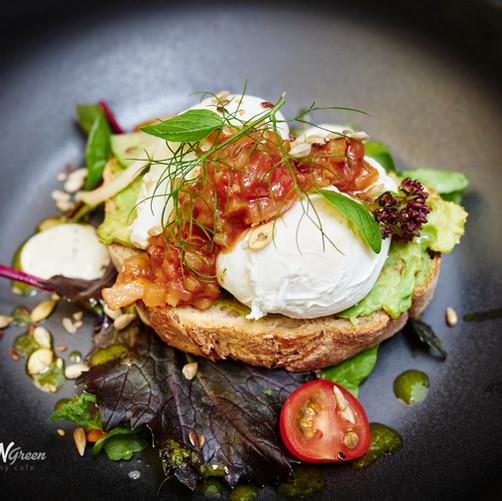 Sweet N Green Avo & Eggs