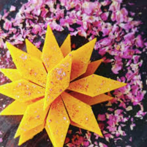 Saffron Loz
