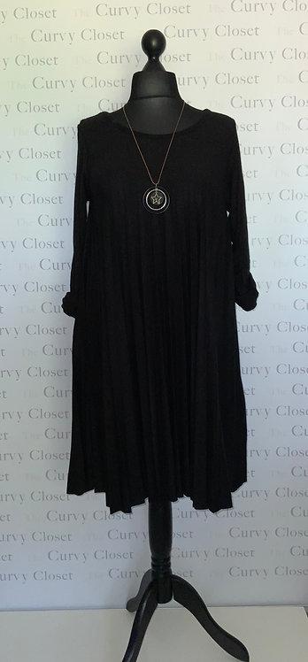 SOFT WOOL BLACK PLEATED DRESS/TOP