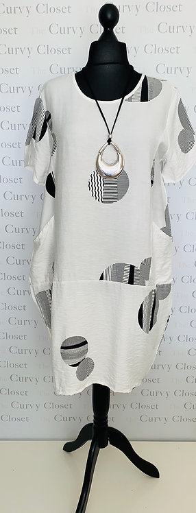 ABSTRACT CIRCLE DESIGN TUNIC DRESS