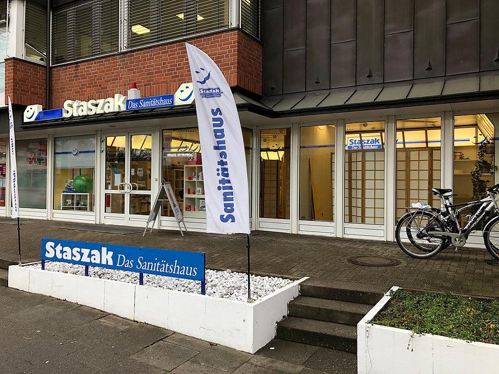 Sanitaetshaus_Staszak_außen.jpg