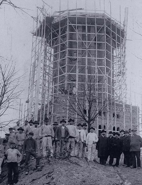Wasserturm_Lueneburg_Geschichte-min.png