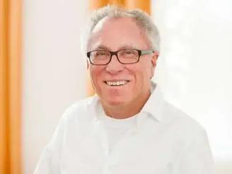 Dr. Peter Wolf.webp