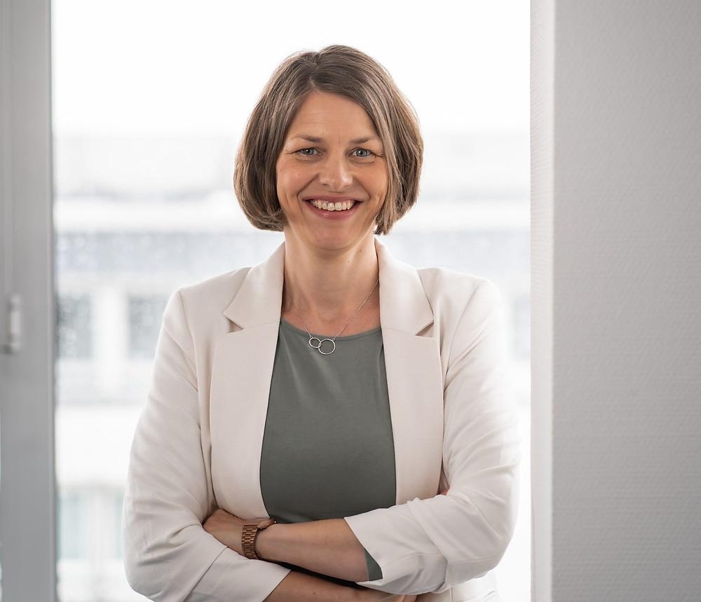 Karina Hövener