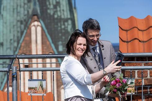 Wasserturm_Lueneburg-Hochzeit-Brautpaar-