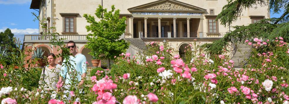 Stroll at the Poggio a Caiano Medici villa