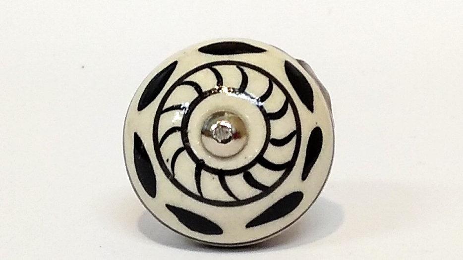 Puxador em cerâmica