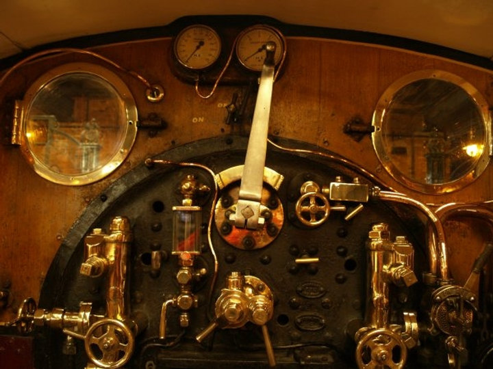 spinner cab[1].JPG