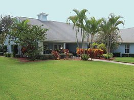 Rosewood Manor Vero Beach lush tropical grounds