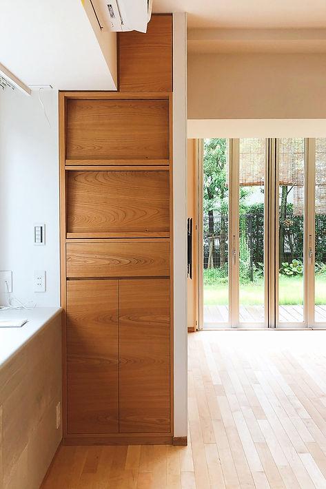 オーダー家具,東京,無垢家具,レコード収納,収納棚,山桜