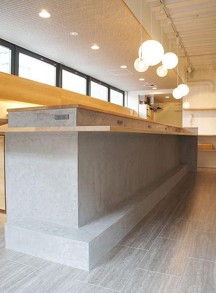 店舗内装工事、オーダー家具、無垢家具、東京、モールテックス、バーカウンター