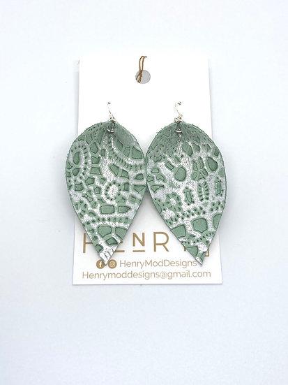 Nyla Jean - mint & silver etched