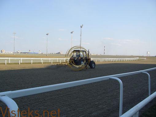 Решетки для конного поля