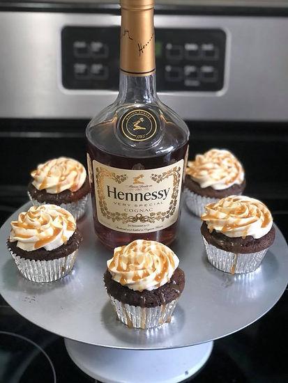 Henny w Cupcakes.jpg