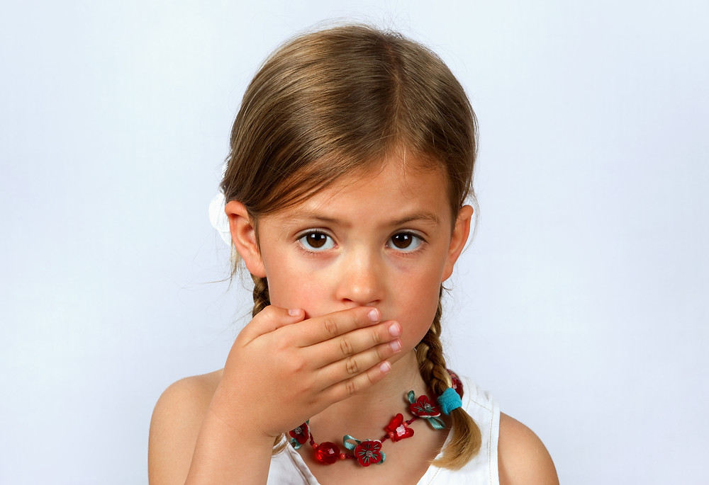 How can parents help their child with selective mutism?