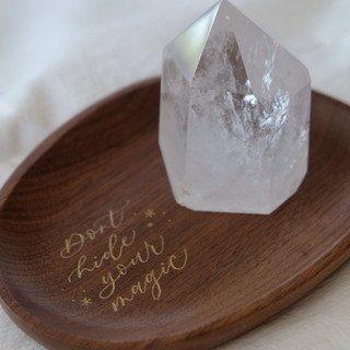 walnut wood crystal holder with personalised engraving